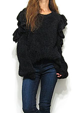 Knit205 Petal Sleeve Fuzzy Sweater/Black
