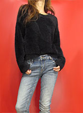 Knit216 Round Neck Fuzzy Sweater/Black