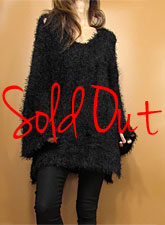Knit218 Side-Slit Damaged Fuzzy Sweater/Black